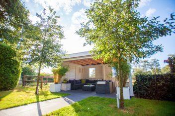 terrasoverkapping met plat dak voorzien van EPDM